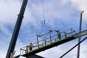 Close up of the steel erecting action